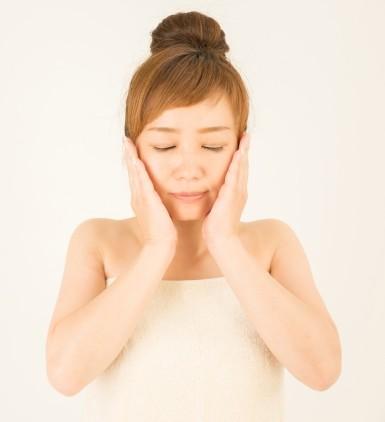 顔のたるみを改善